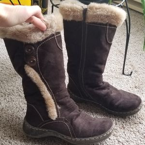2/$5 size 6 bass brown boots